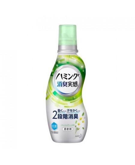 Кондиционер для белья с освежающим ароматом зелени KAO Humming 530 мл  - фотография №1